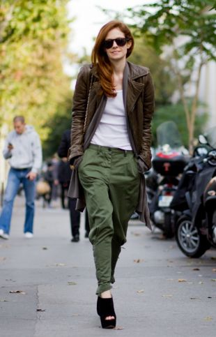 522798-street-style-army-chic-et-glamour-310x483-4