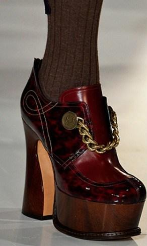 100316-sapatos-montagem-margiela-590x487