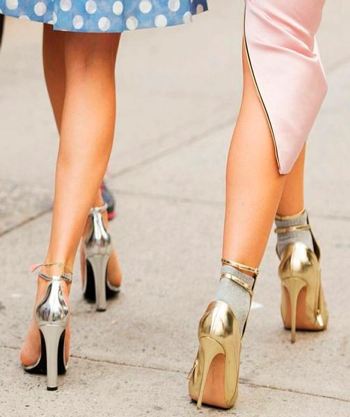 sapato-dourado-prata-festa