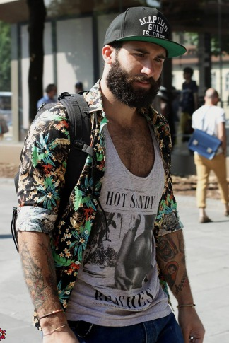 barba-camisa-floral-street-style