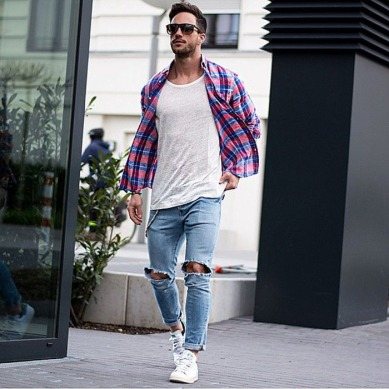 camisa-xadrez-destroyed-camiseta-lisa-moda-urbana-masculina
