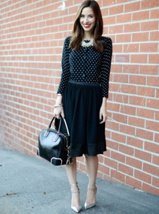 theeverygirl_fashionessentials_sweater6