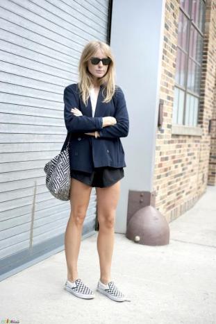 9-le-fashion-blog-15-ways-to-wear-checkered-van-slip-on-sneakers-street-style-blazer-shorts-via-color-stalker