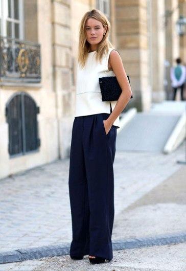 street-style-blusa-off-white-calca-pantalona-azul-marinho-clutch-preta-160727-021622