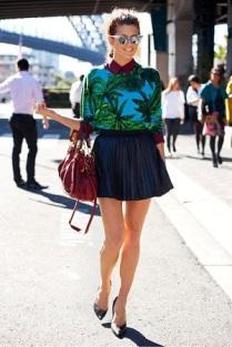 estampa-tropical-saia-plissada-mini-scarpin-look-verao-tendencia-street-style