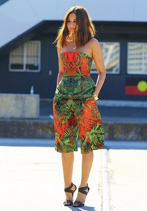 look-estampa-tropical-veral-tendencia-street-style