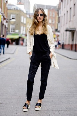 summer-platform-and-flatform-shoes-street-style-22