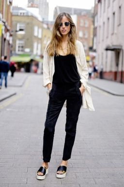 summer-platform-and-flatform-shoes-street-style-22