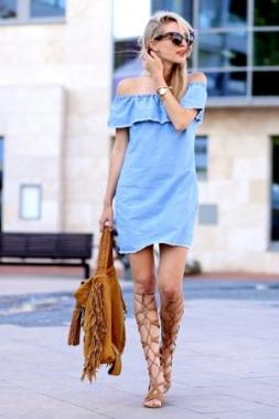 vestido-jeans-vestido-ombro-a-ombro-sandalia-gladiadora-look-verao-tendencias-street-style-blog-moda