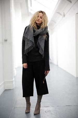 look-inverno-com-ankle-boots-veludo-e-pantacourt