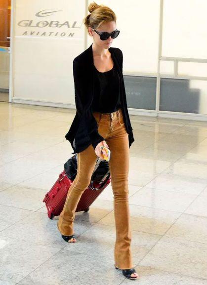 13f846b3e7649410504fa0e9ed598ccc--isabelle-drummond-airport-style