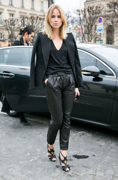 la-modella-mafia-2013-street-style-chic-baggy-black-leather-trousers-and-a-blazer-2