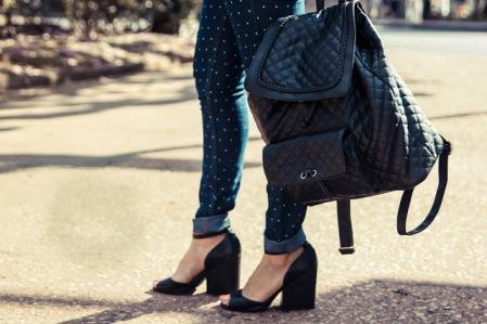 look do dia- calça de poas -leader-cea-riachuelo-barbie-cleiton-lages-foto- blogueira-moda-inverno 2016-sandalia salto bloco -cleitonlagesfotografia-look social descolado-moda