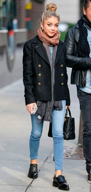 sarah-hyland-street-style-oxford-shoes