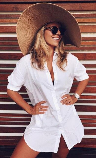 street-style-look-praia-chemise-branca-chapeu-palha-170116-104528