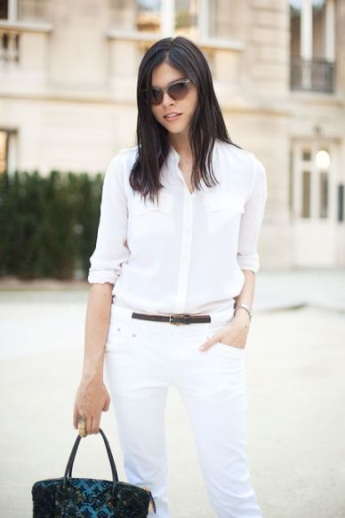 street-style-girl-in-all-white-and-translucent-sunglasses