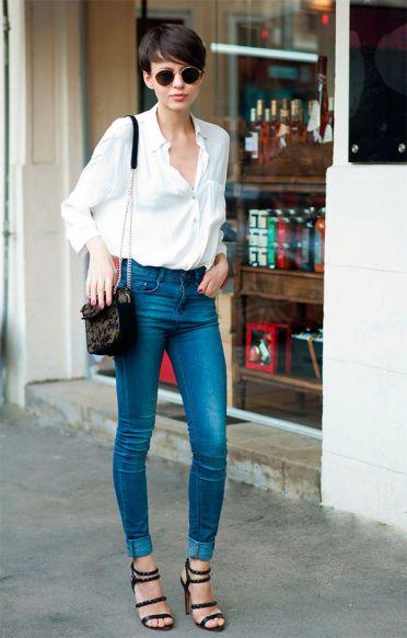 street-style-look-camisa-branca-calca-jeans-oculos-redondo