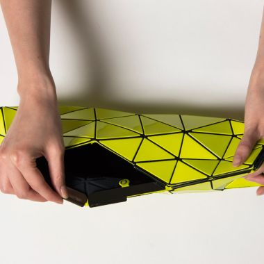 Distortion-BaoBao-Issey-Miyake-NandR-Foldings-5