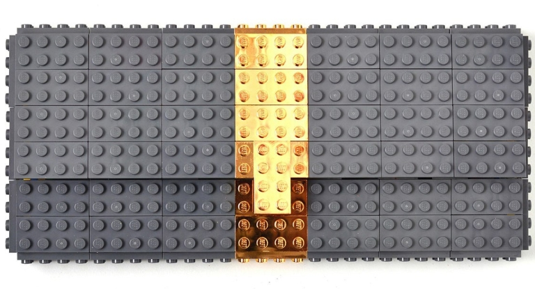 Agabag-Gold-plated-LEGO-bricks-1-bag-e1462974564502