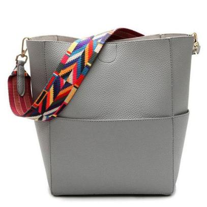 trend-alert-strap-bag-fashion (1)