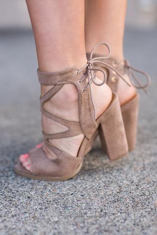 trend-alert-sapatos-do-verão-2019-tendências (31)