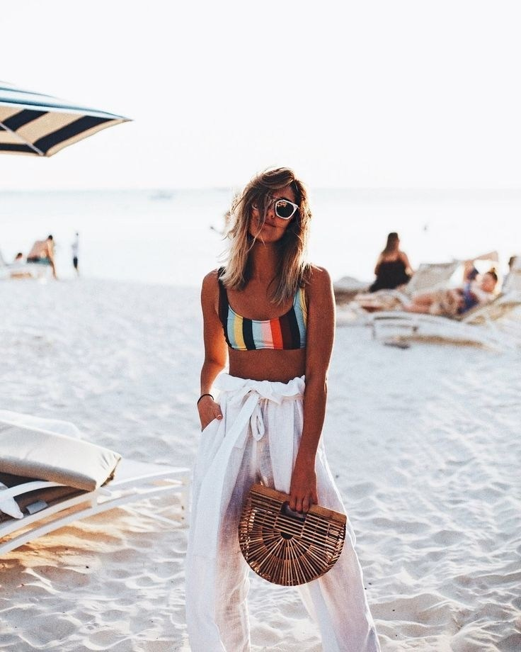 gorgeous-summer-beach-outfits-ideas-30-1
