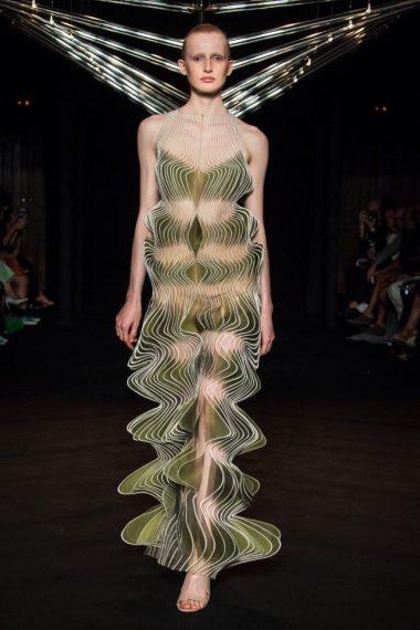 iris-van-herpen-fashion-design-hiver-2019 (12)