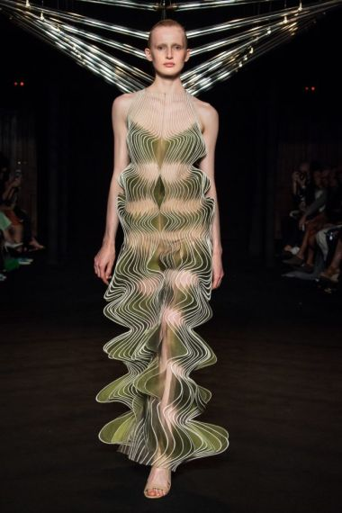 iris-van-herpen-fashion-design-hiver-2019 (12)
