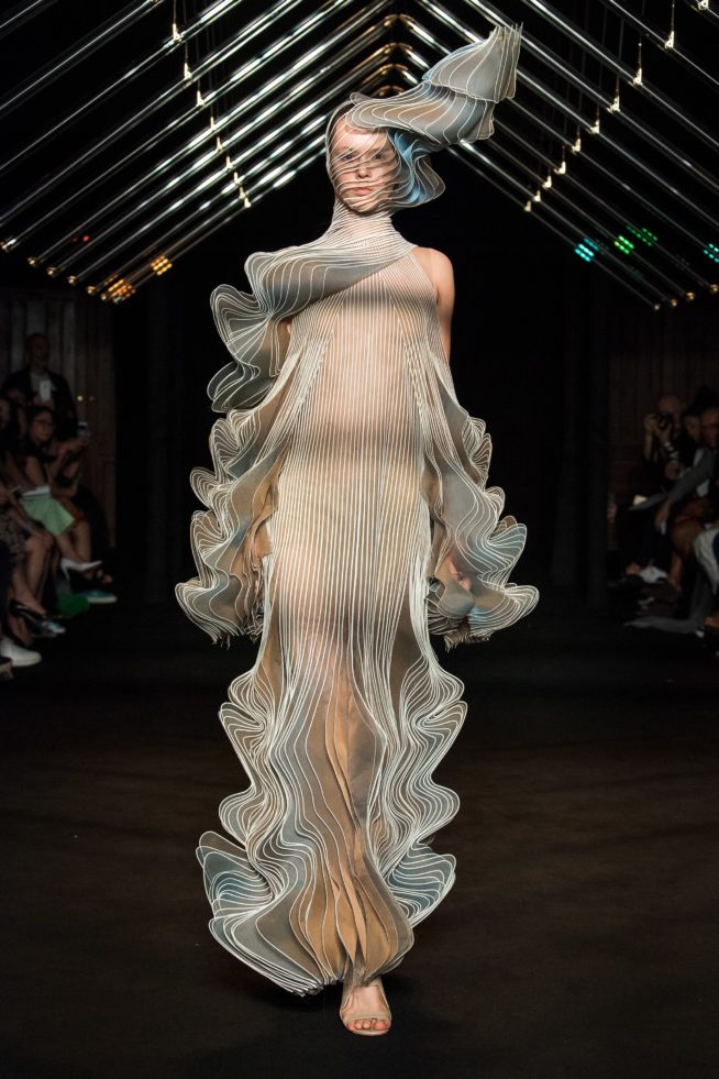 iris-van-herpen-fashion-design-hiver-2019 (13)