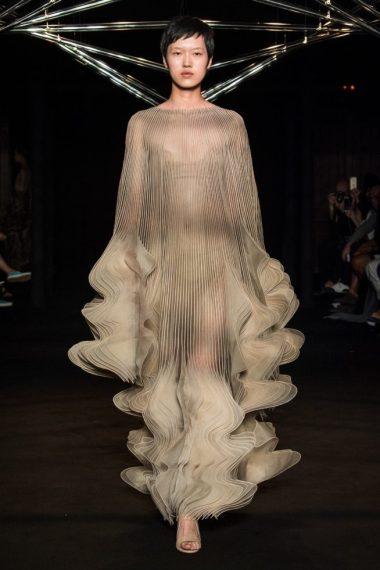 iris-van-herpen-fashion-design-hiver-2019 (14)