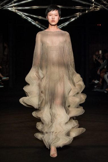 iris-van-herpen-fashion-design-hiver-2019 (14)