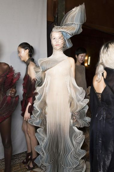 iris-van-herpen-fashion-design-hiver-2019 (2)