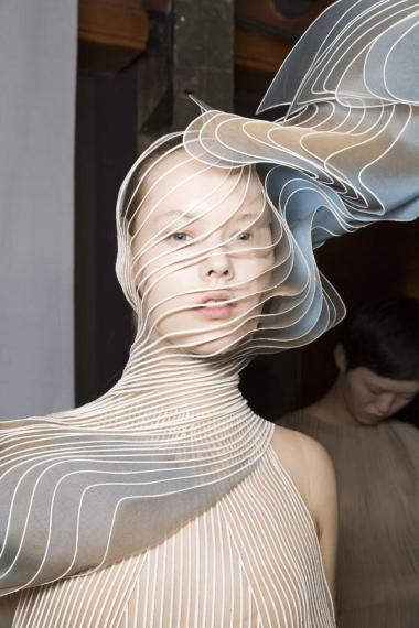 iris-van-herpen-fashion-design-hiver-2019 (9)