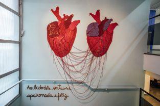 karen-dolorez-arte-para-inspirar-crochê-mural-trabalho-artístico (8)