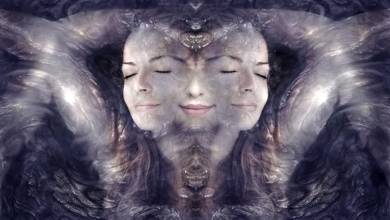 universo-feminino-mulher-aceitação-auto-estima (1)