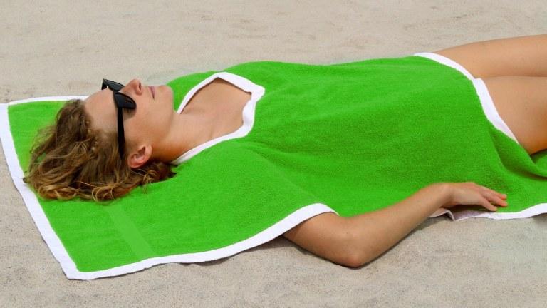 towelkini-toalhaquini-wtf-acessórios-de-praia-2020 (1)