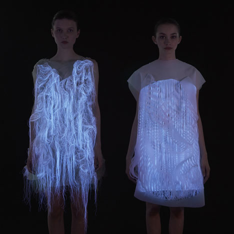 dezeen_Gaze-activated-dresses-by-Ying-Gao_1