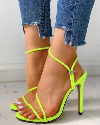 sandália-tendência-verão-2020-naked-heels-sandals (11)