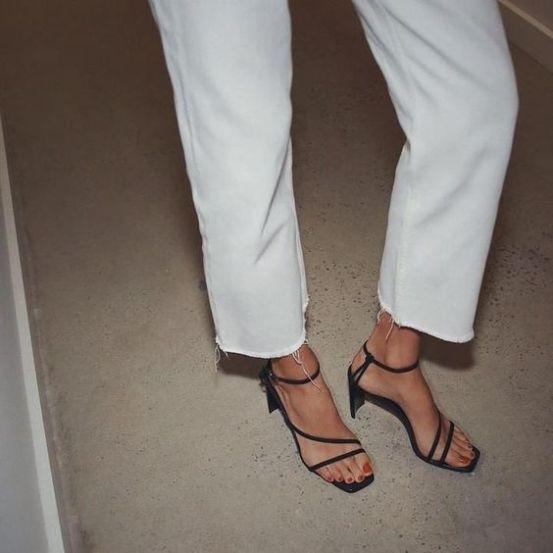 sandália-tendência-verão-2020-naked-heels-sandals (17)