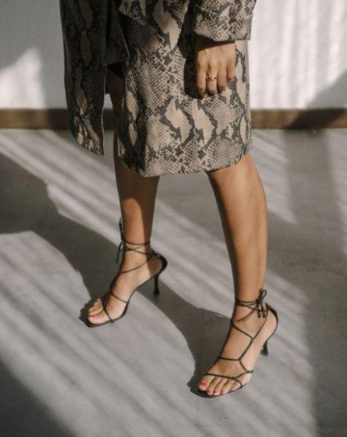 sandália-tendência-verão-2020-naked-heels-sandals (5)