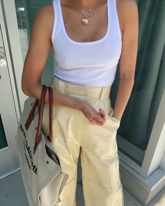 summer-outfits-white-tank-top-regatinha-branca-look-verao-2020 (7)