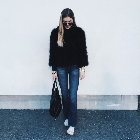 trend-alert-boot-cut-jeans-tendencia-inverno-2020 (15)