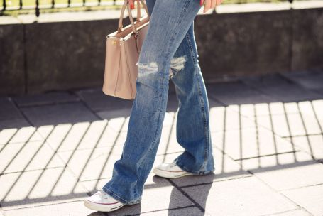 trend-alert-boot-cut-jeans-tendencia-inverno-2020 (16)